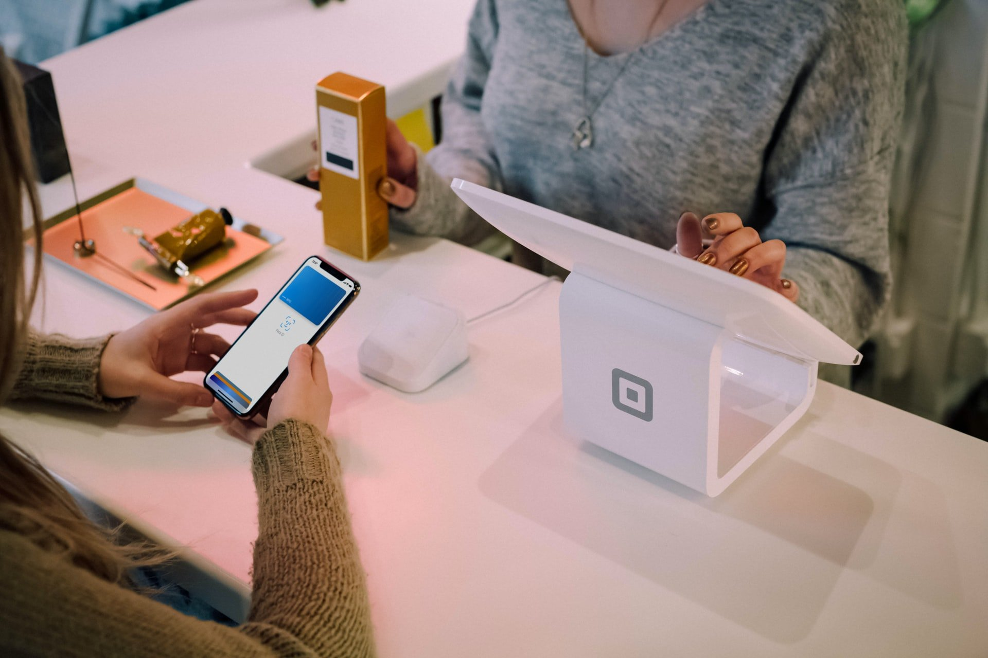 Photo-Touchless-Payments