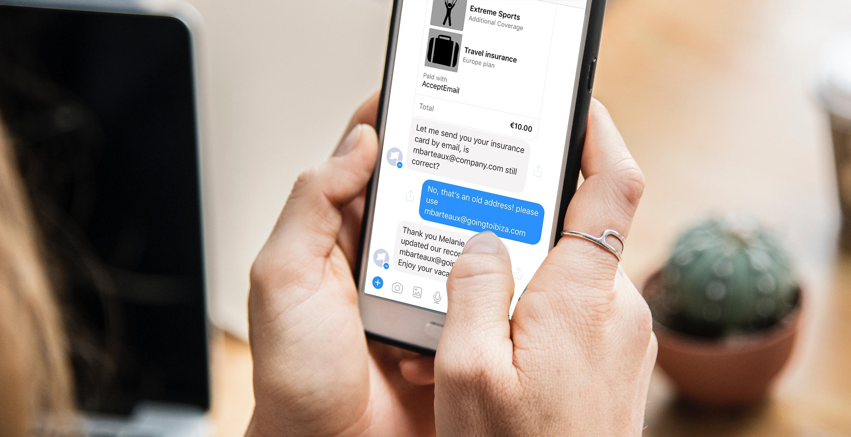Klant sluit een verzekering af en betaalt met AcceptEasy op Facebook Messenger